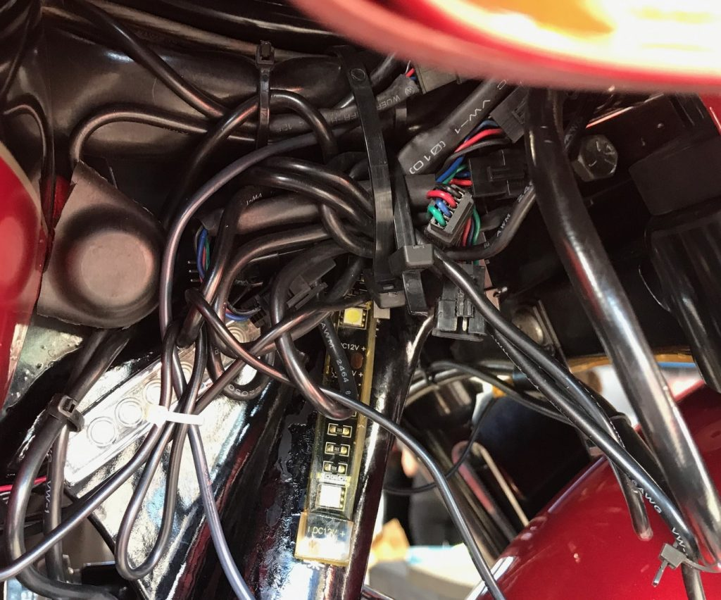 Having excess wire under your seat is never a good thing.The installation is not only messy but problematic.